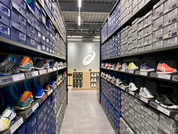 ASICS FACTORY OUTLET / アシックス ファクトリーアウトレット