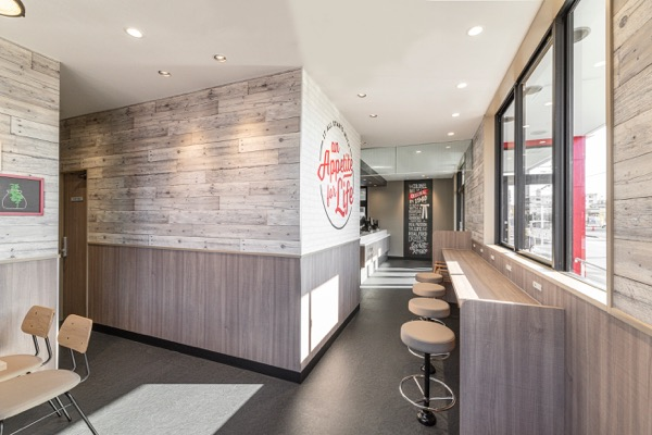KFC / ケンタッキーフライドチキン東海店